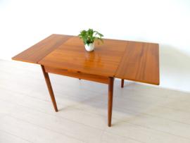 retro vintage eettafel tafel jaren 60 klein model teak