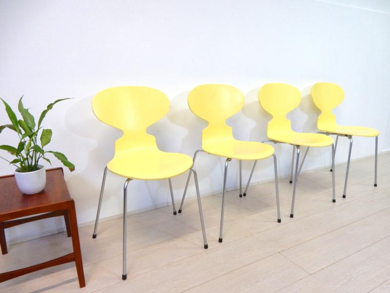 Fritz Hansen Design Stoelen.Vintage Design Stoel Arne Jacobsen Fritz Hansen Model Ant Sold