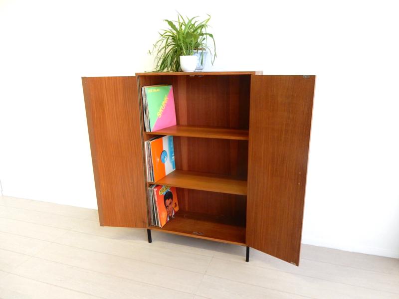 retro vintage kast boekenkast jaren 60 / 70 lp kast platenkast
