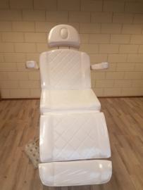 Behandelstoel 4-motorig 62 x 190-205 INCLUSIEF VOETBEDIENING