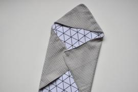 MiNi omslagdoek | grijze wafel - driehoekjes