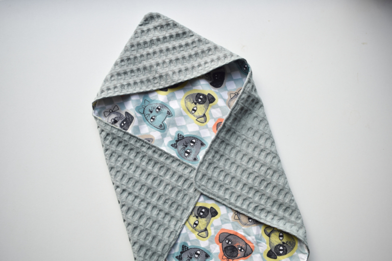 MiNi omslagdoek   groen - cats and dogs