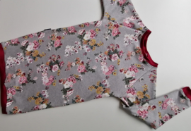 Sweaterdress bloemen