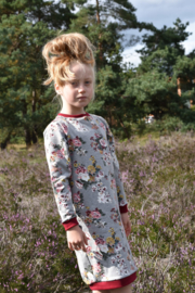 Sweaterdress bloemen