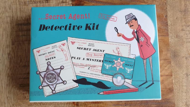 Secret agent detective kid