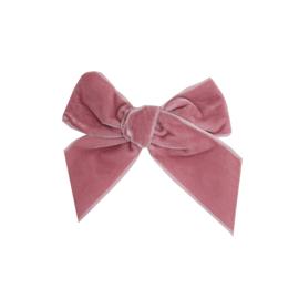 Prachtige velvet haarstrikken van Condor in de kleur Pale Pink.