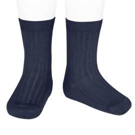Cóndor sokken met streepmotief in het donkerblauw.