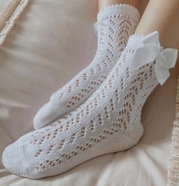 Condor opengewerkte sokken met strik in het wit.