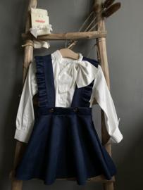 Prachtige jurk met bandjes in de kleur donkerblauw.