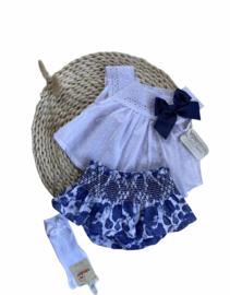 Vrolijk setje van Valentina Bebes in het wit met blauw.