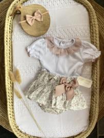 Lief 2-delig setje van Valentina de bebes  in het wit/oudroze.