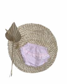 Lief roze met wit geruit bloomer/luierbroekje met een roesel.