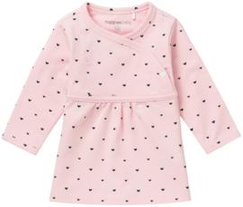 Heerlijk zacht jurkje van Noppies in het roze met blauwe hartjes.