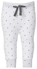 Fijn Noppies broekje wit met een zwart sterretje.