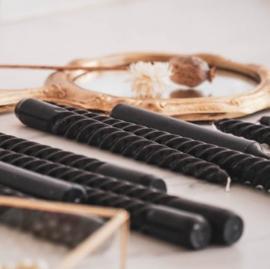 Set/4 twisted kaarsjes zwart