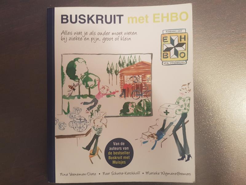 Buskruit met EHBO  - boek met handtasje