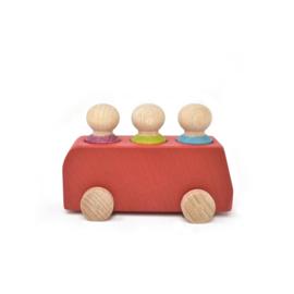 houten bus 'red' - met drie poppetjes [lubulona]
