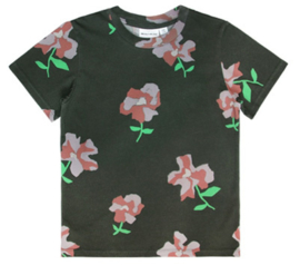 t-shirt - flowers [walnut & walrus]