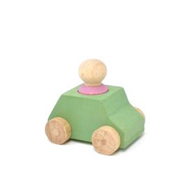 houten autootje 'groen' met poppetje [lubulona]