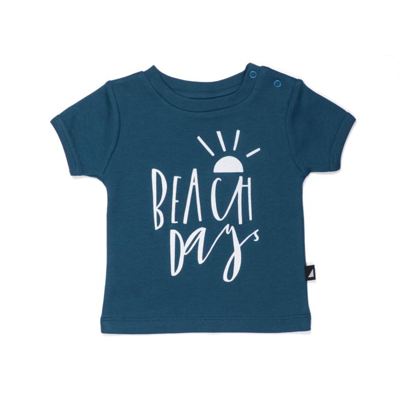 t-shirt - 'beach day' [anarkid]