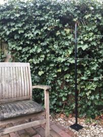 Strakke tuinkandelaar met voetplaat, eigen label