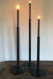 Set van 3 strakke kandelaars met grote ronde voet, 40-50-60
