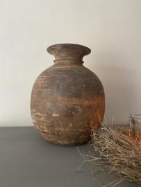 Grote oude houten kruik