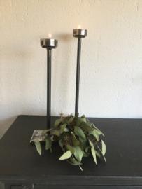 Set van 2 smeedijzeren waxinelichthouders