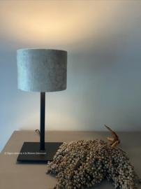 Smeedijzeren tafellamp rechthoekige voet