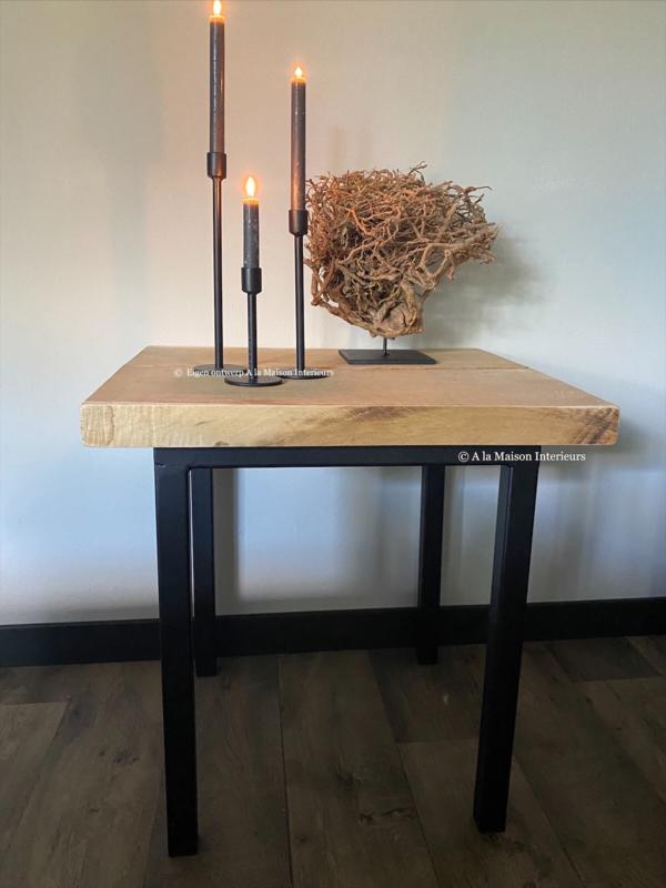 Stalen bijzettafel met houten blad