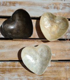 Schaaltje hart (wit,beige,bruin)