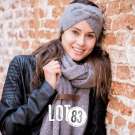 Lot83 sjaal Fem grijs