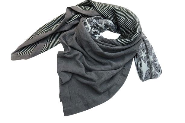 Sjaal streep/ster grijs