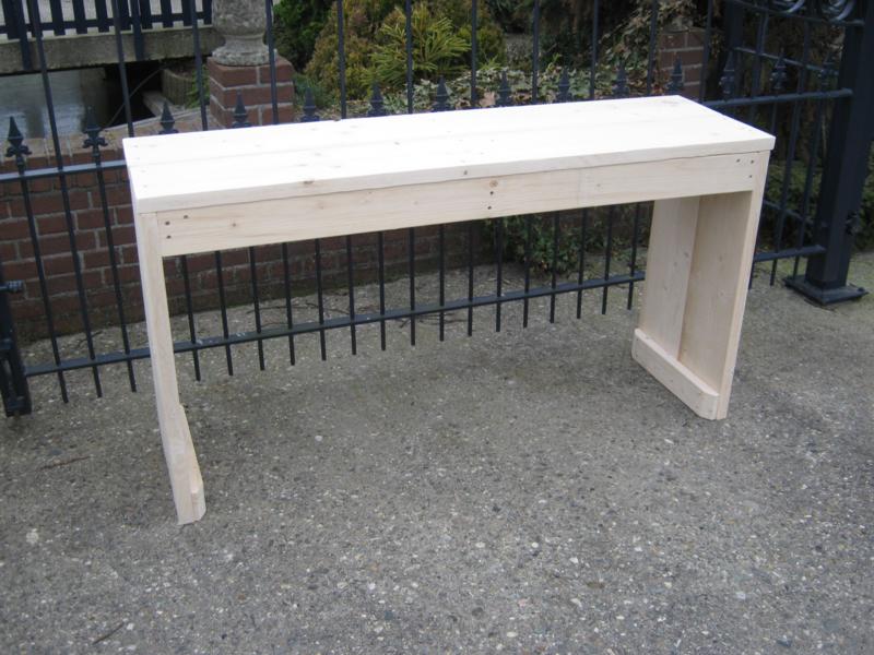 Sidetable van nieuw steigerhout