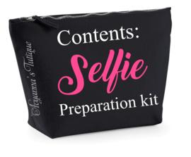 Toilettas selfie preparation kit