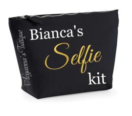 Toilettas selfie kit
