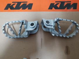 KTM SX 50 , SX 65 , SX 85 ORG. VOETSTEPS ALLE BOUWJAREN