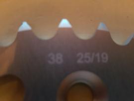 KTM SX 50 / HUSQVARNA TC 50 ORIGINEEL ACHTERTANDWIEL 38 TANDS 2014-2020 NIEUW