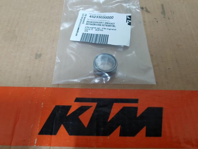 KTM SX 50 / HUSQVARNA TC 50 AFSTANDSBUS VOORTANDWIEL 2009-2020