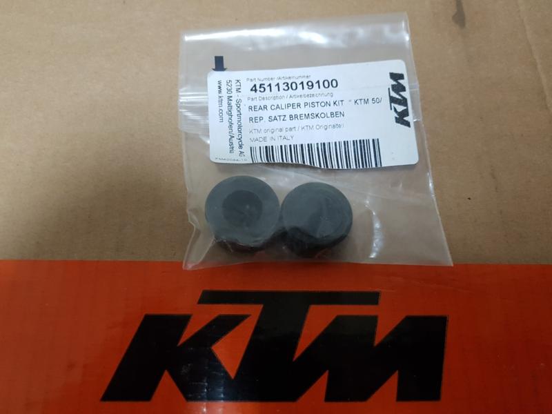 KTM SX 50 / HUSQVARNA TC 50 SET ORIGINELE REMZUIGERS  ACHTERREM ALLE BOUWJAREN