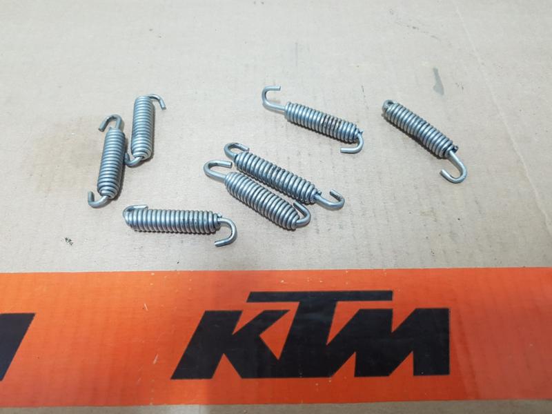 KTM SX 50 , SX 65 , SX 85 UITLAATVEREN  SET 2 STUKS GEBRUIKT