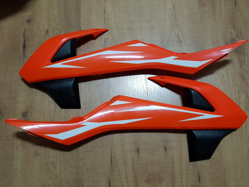 KTM SX 65 SET ORIGINELE RADIATEURKAPPEN MODELJAAR 2018