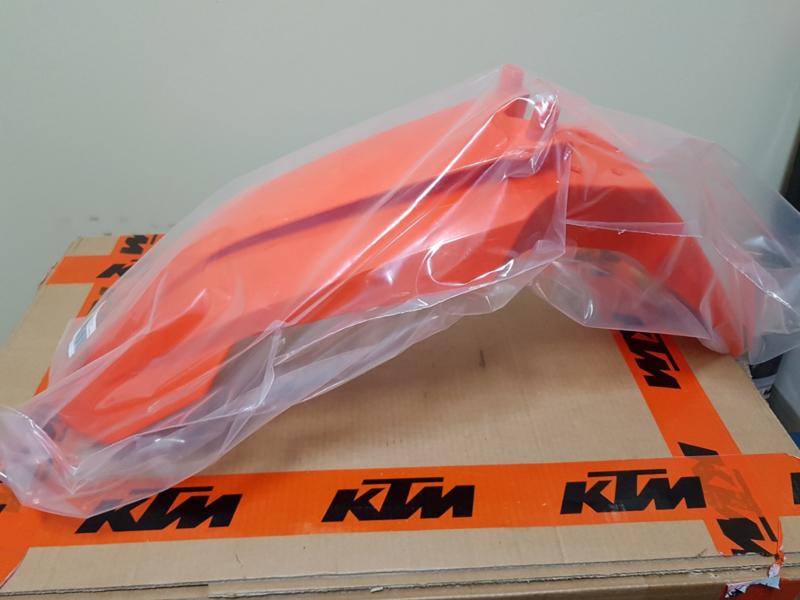 KTM SX 65 ORIGINEEL VOORSPATBORD 2016 - 2020 NIEUW