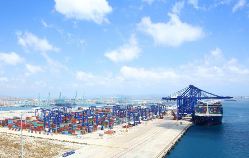HMM продает CMA CGM долю в контейнерном терминале в Испании