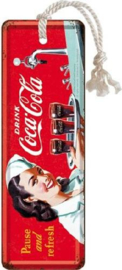 Coca Cola Waitress Metalen boekenlegger 15 x 5 cm.