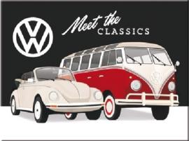 VW  Meet The Classics. Koelkastmagneet 8 cm x 6 cm.