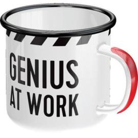 Genius At work. Emaille Drinkbeker