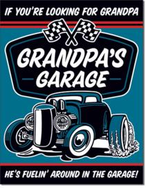 Grandpa's Garage - Fuelin  Metalen wandbord 31,5 x 40,5 cm.