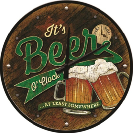 Beer O' Clock Glasses.  Wandklok Ø 31 cm en 6 cm dik.