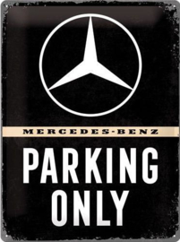 Mercedes - Benz Parking Only Metalen wandbord in reliëf 30 x 40 cm.